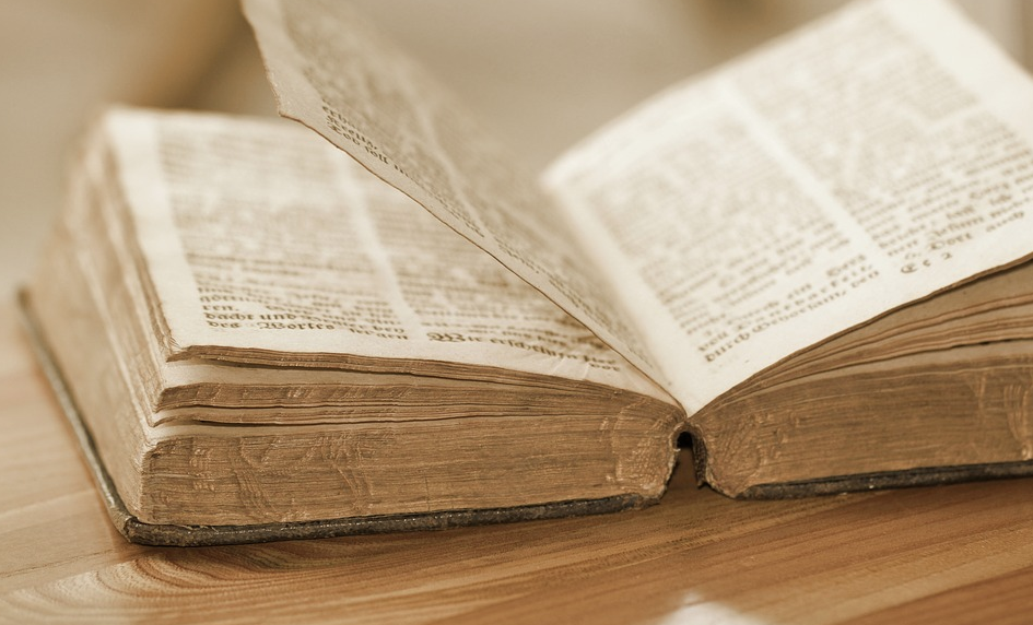 la bibbia in Santuario 2
